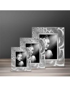 Cornice in cristallo con fascia in argento laminato, retro legno