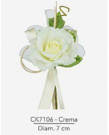 Composizione con rosa crema d 7 x 21 h cm c/racchette porta confetti