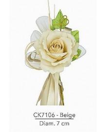 Composizione con rosa beige d 7 x 21 h cm c/racchette porta confetti