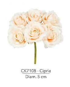 Fiore Rosa diametro 5 cm colore cipria con stelo modellabile in fil di ferro ricoperto stendex verde.