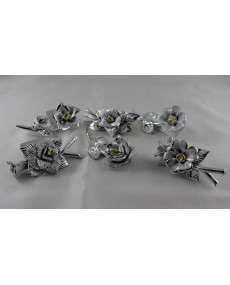 fiori e composizioni in porcellana argentata 9 x4.5 - 6 pz assortiti