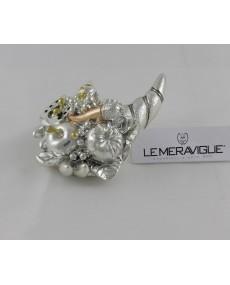 Cornucopia colore argento, con dettagli oro e rame